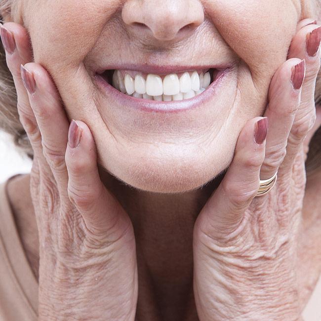 Zdrowe zęby po 50. roku życia